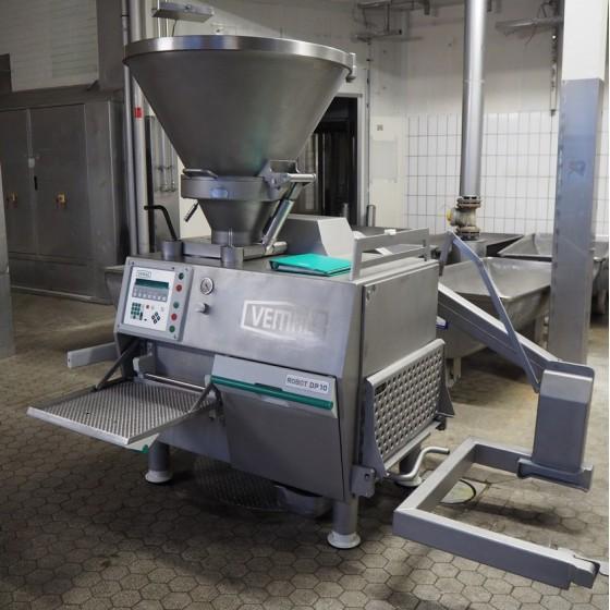 Embutidora Vemag Robot DP10, Tipo: 150/250 B  con elevador de carga